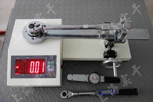 校准扭矩扳手检测仪图片